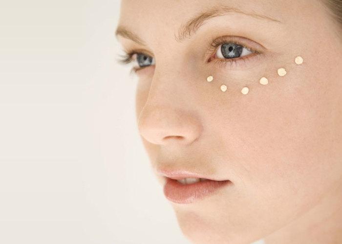 Причины темных кругов под глазами и как их лечить